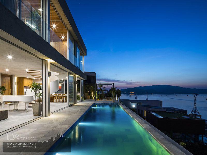 Biệt thự kết hợp với bể bơi view biển
