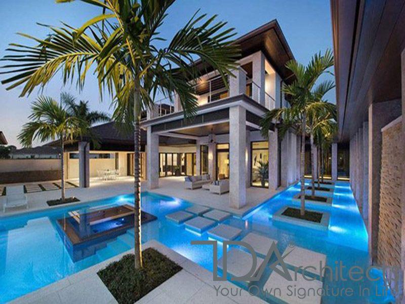 Không gian bể bơi quanh nhà